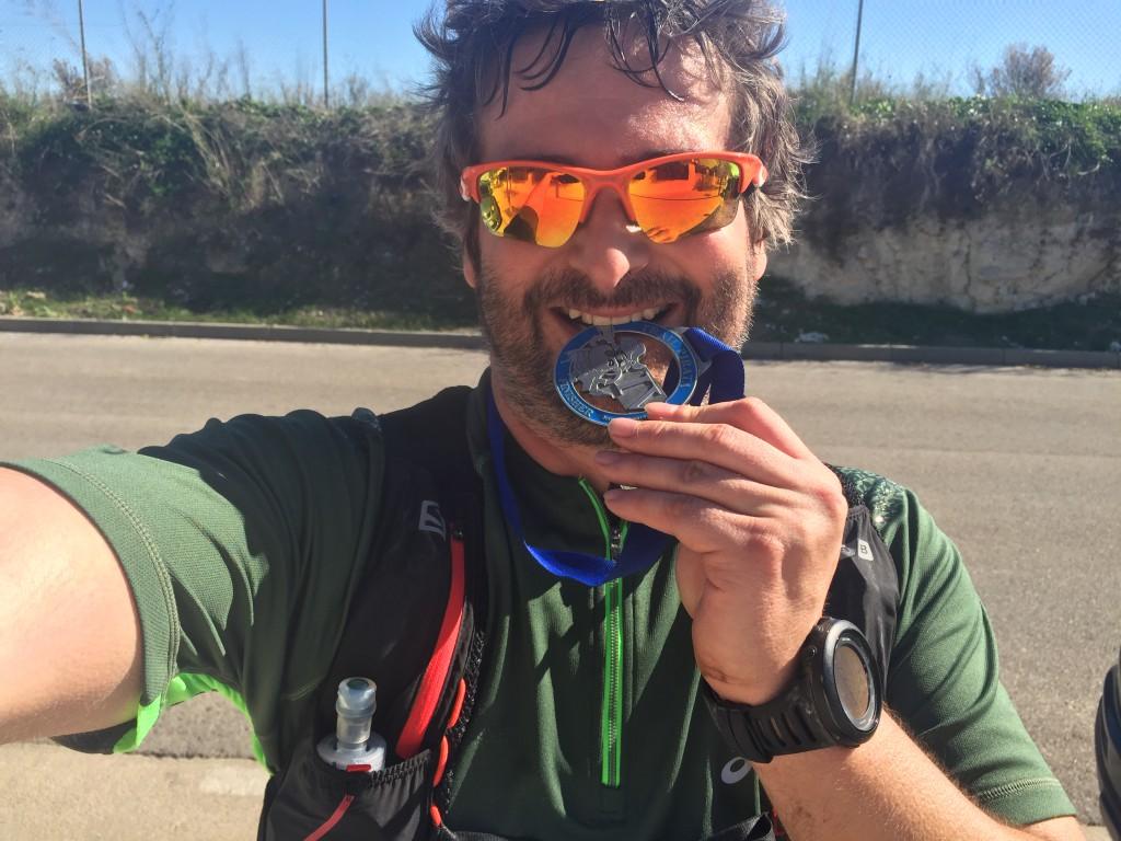 Merecida medalla de finisher